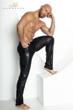 Pantalon STRONGER Clipped : Pantalon moulant taille basse en wetlook mat, décoré de bandes de vinyle brillant sur les cotés.